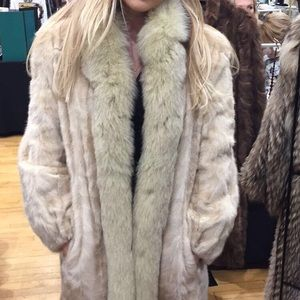 Jackets & Blazers - Vintage real fur coat